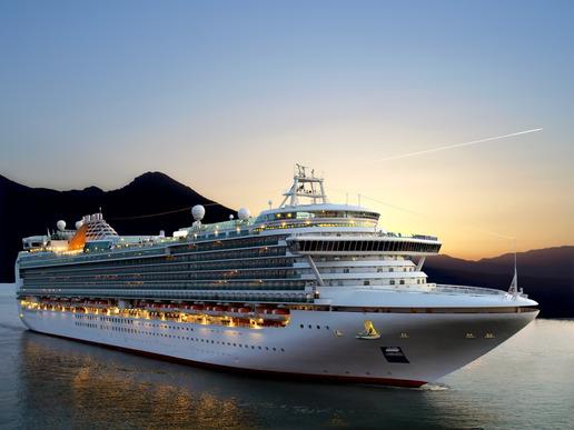 photodune-556286-cruise-ship-xs